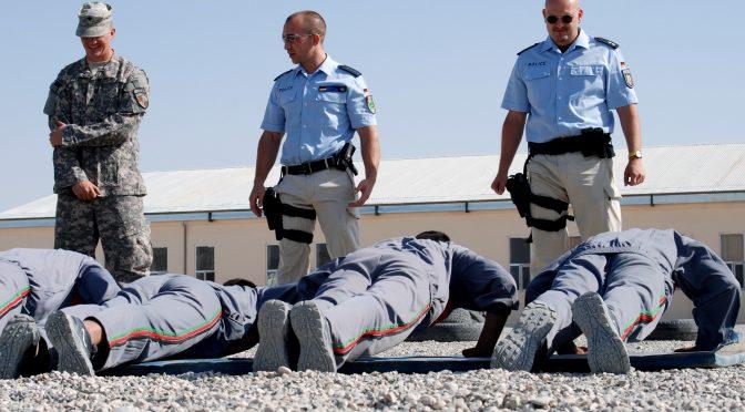 Bodentruppen der Besatzung – Polizeiaufbau in Afghanistan