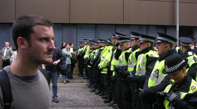Nach den Unruhen von 2011 – Die Veränderung der britischen Polizeilandschaft
