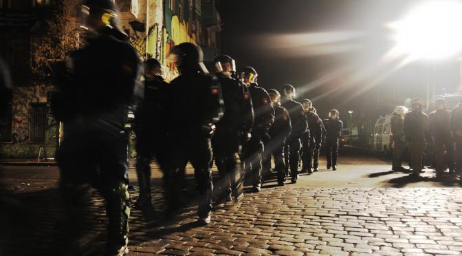 GewaltPolizeiGewalt – Wandlungen im Kern staatlicher Gewaltpraxis