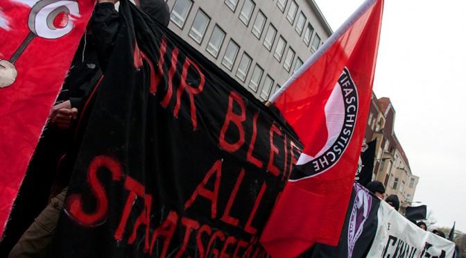Ach, der Verfassungsschutz! Der Inlandsgeheimdienst und die Antifa