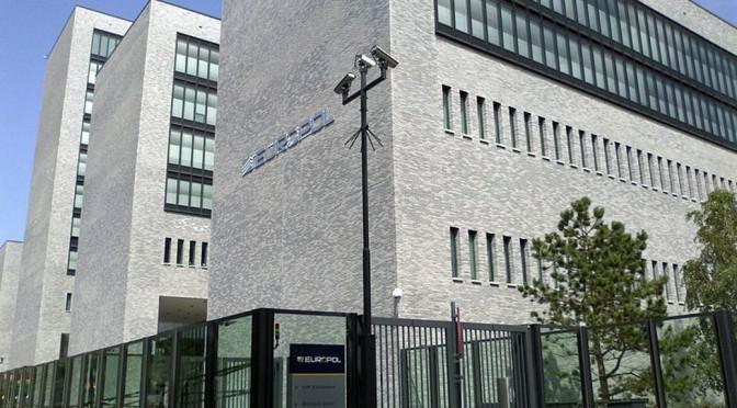 EU-Kommission und Europol starten Kuschelrunde mit der Internetindustrie