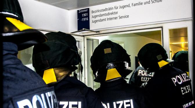 Im Souterrain der Polizei?Wandlungen im Verhältnis Polizei – Sozialarbeit