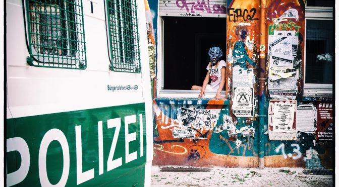 Gefahrenabwehr im Wahlkampf:Berlin-Friedrichshain im Ausnahmezustand