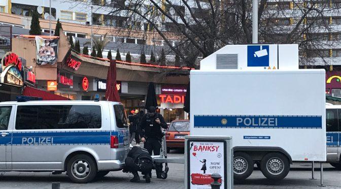"""Wer hat Angst vorm Kottbusser Tor?Zur Konstruktion """"gefährlicher"""" Orte"""