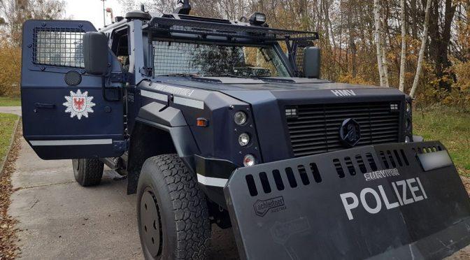Mehr Polizeipanzer