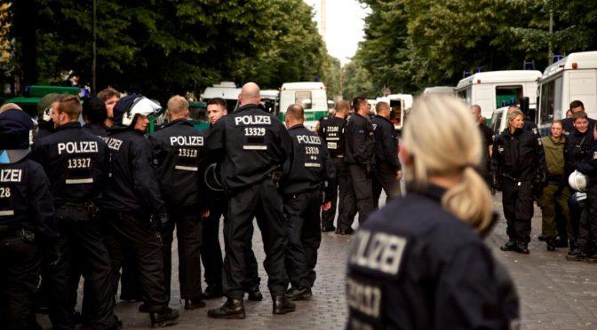Bundesverwaltungsgericht bestätigt Kennzeichnungspflicht für Polizist*innen