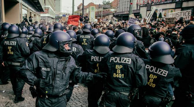 Neues zu den Polizeigesetzen